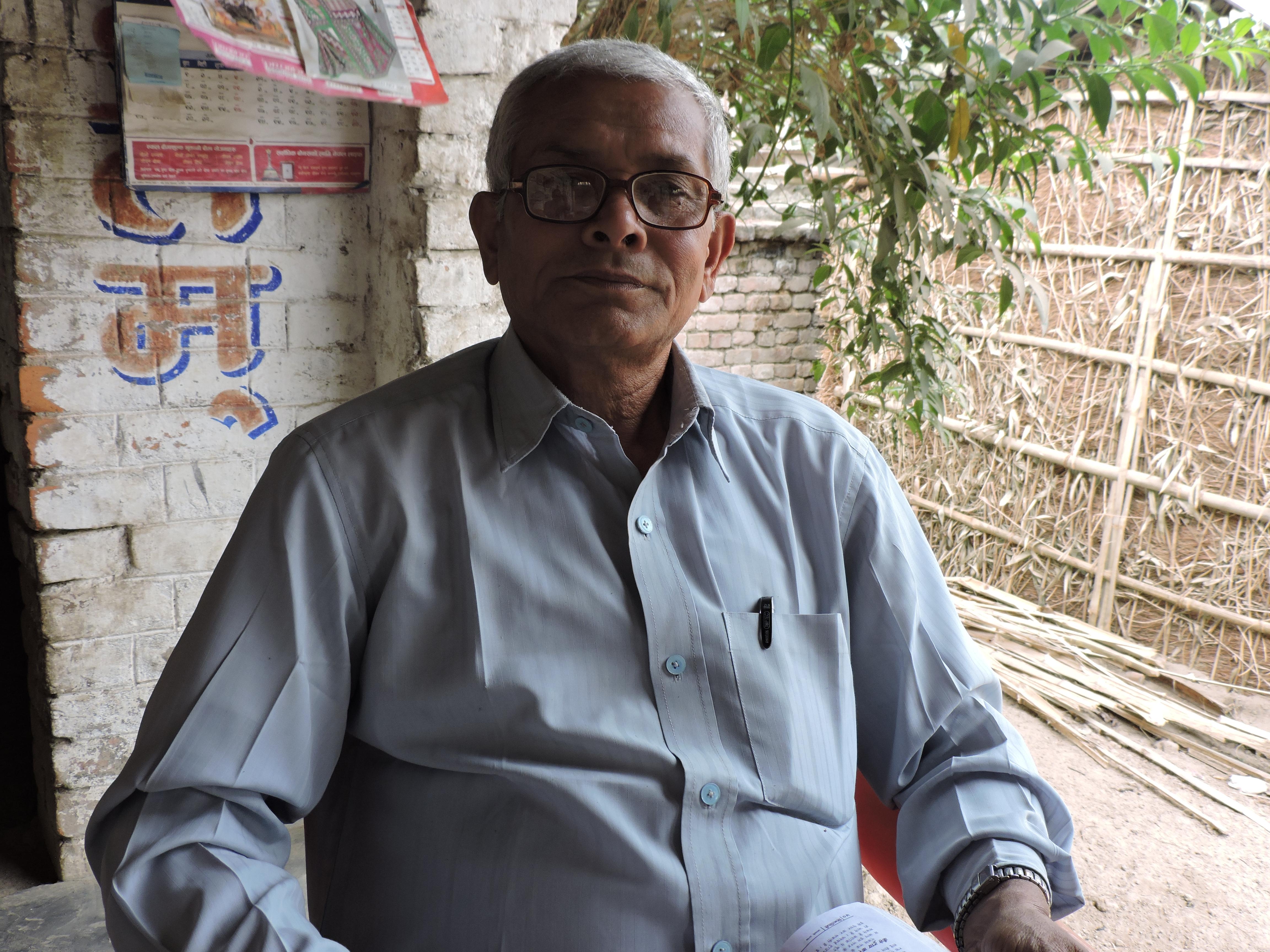 परमानंद सिंह थारू तेरहौता, सप्तरी गांव इकाई कमेटी के नेपाली कांग्रेस के अध्यक्ष हैं