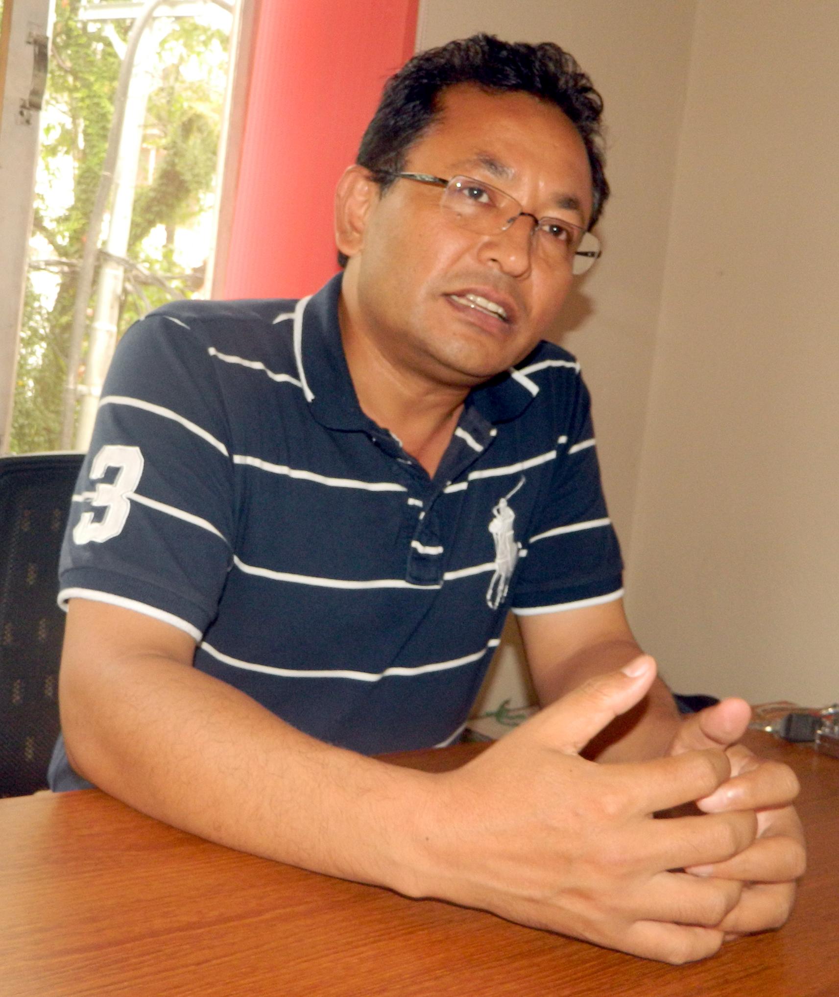 गंगा श्रेष्ठ, नेता, नया शक्ति नेपाल
